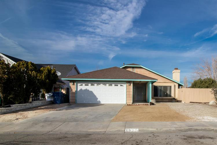 5027 Knight Way, Palmdale, CA 93552