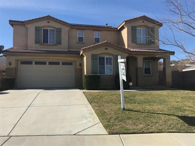 40729 Cypress Grove Court, Palmdale, CA 93551