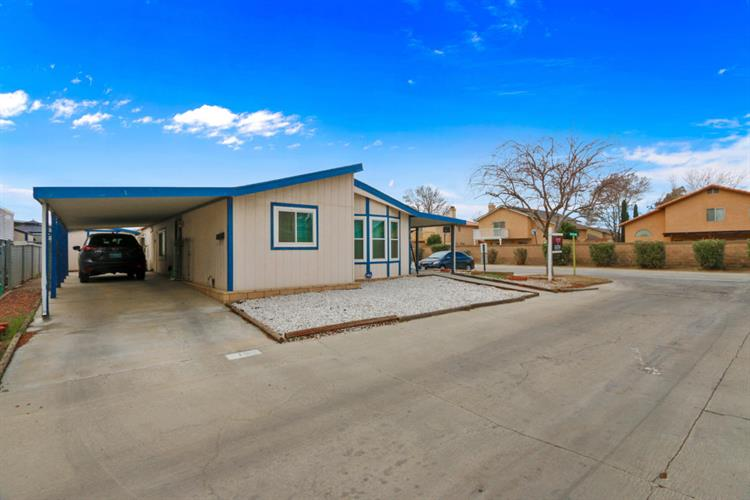 45465 25th St E, Lancaster, CA 93535