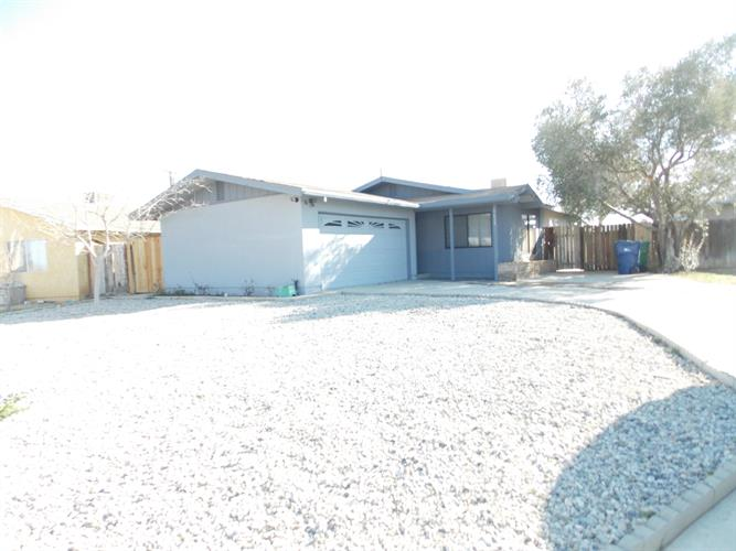7612 Dogbane Avenue, California City, CA 93505 - Image 1