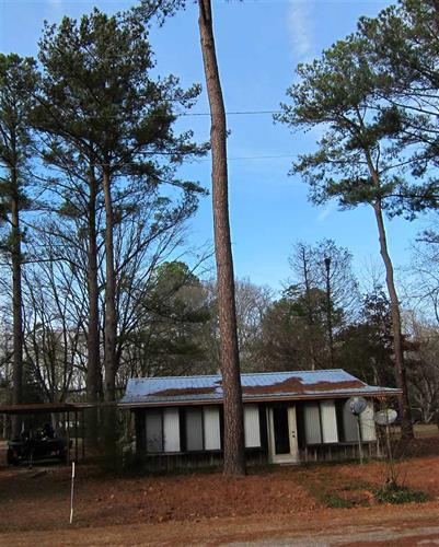 1241 RATLIFF FERRY RD, Canton, MS 39046