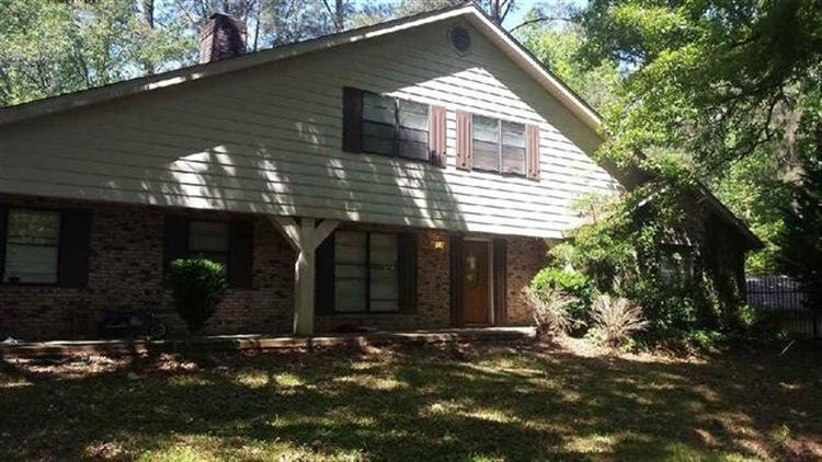 4937 FOREST HILL RD, Byram, MS 39272