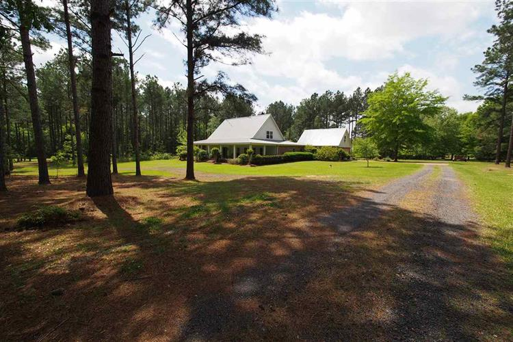 133 ANDERSON STATION RD, Flora, MS 39110