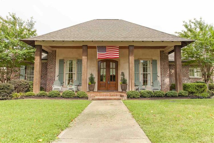 254 LAKE CIRCLE, Madison, MS 39110