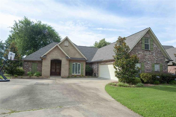 114 BEAR CREEK CIR, Canton, MS 39046