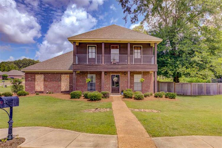 127 CHOCTAW BEND, Clinton, MS 39056 - Image 1