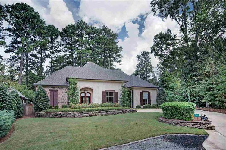 4066 BOXWOOD CIR, Jackson, MS 39211 - Image 1
