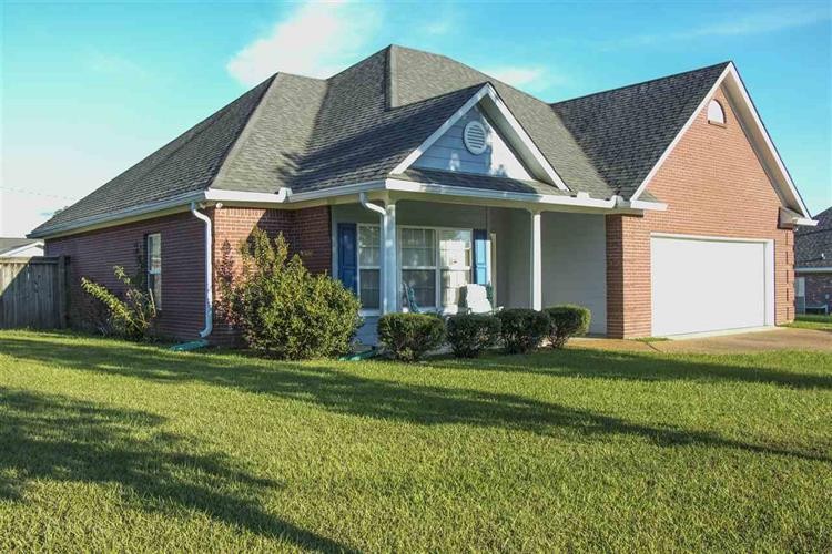 409 CHENOA AVE, Carthage, MS 39051 - Image 1
