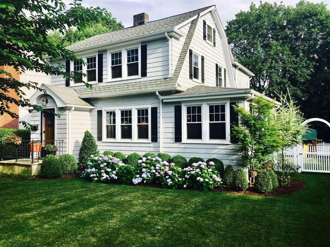 52 Middlesex Road, Darien, CT 06820