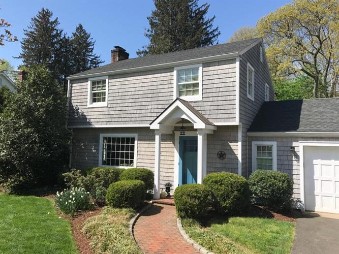 23 Birch Road, Darien, CT 06820
