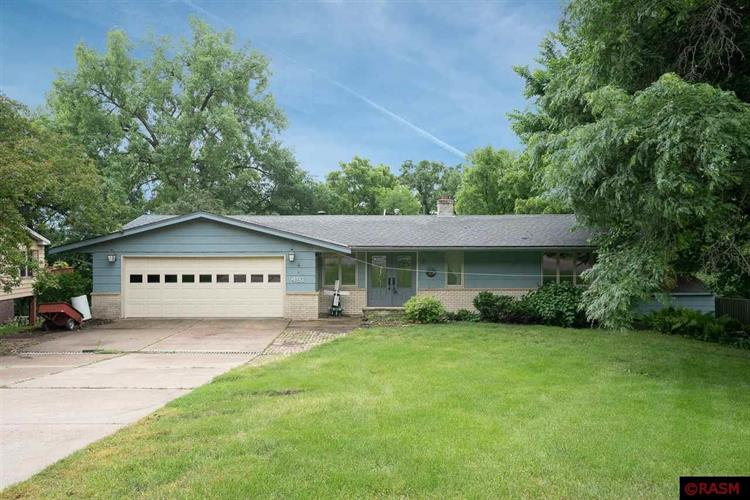 491 Marvin Boulevard, North Mankato, MN 56003