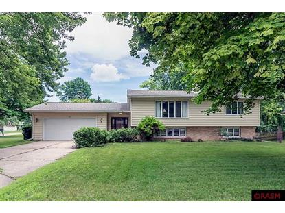 402 Normandy Court, North Mankato, MN