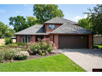 1002 Oak Terrace Drive North Mankato, MN MLS# 7025260