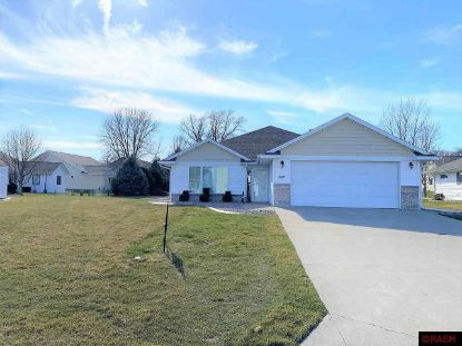 2207 Simon Court North Mankato, MN MLS# 7026211