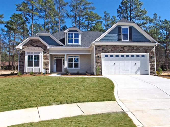 395 N Bracken Fern Lane, Southern Pines, NC 28387