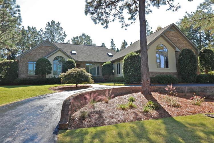 30 Walnut Creek Road, Pinehurst, NC 28374