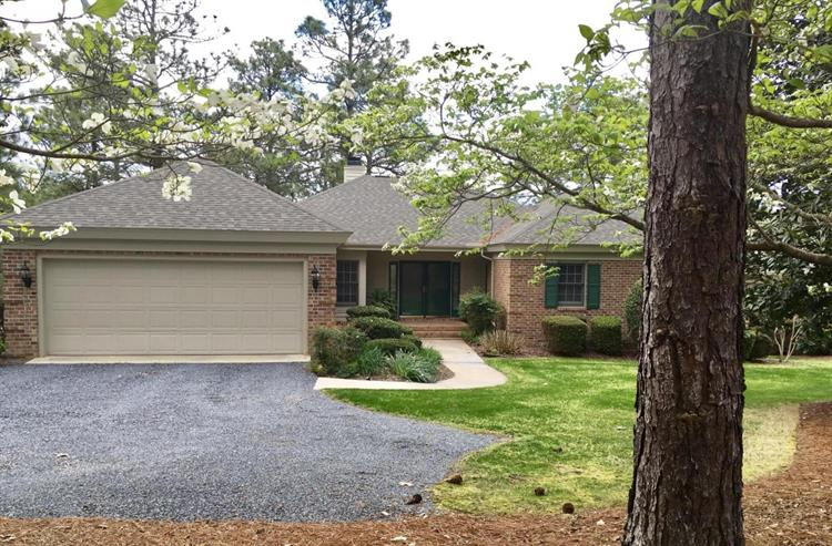 44 Highland View, Southern Pines, NC 28387