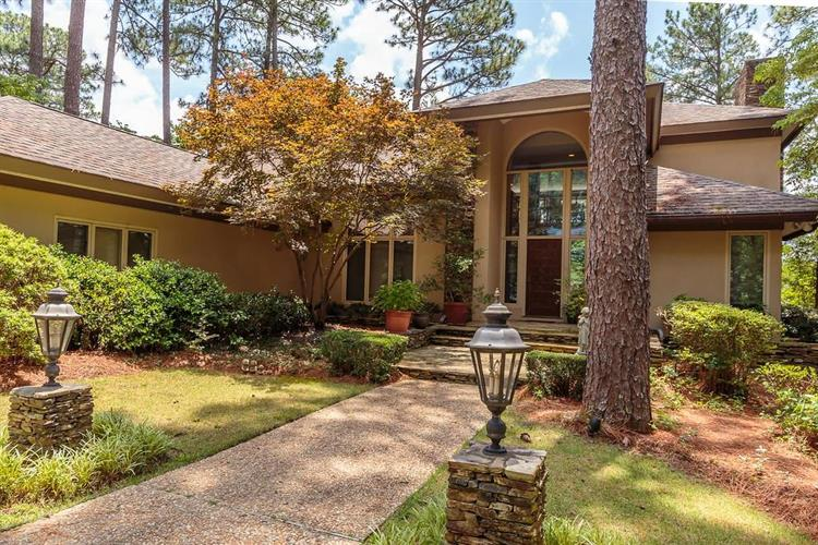 780 SE Lake Forest Drive, Pinehurst, NC 28374