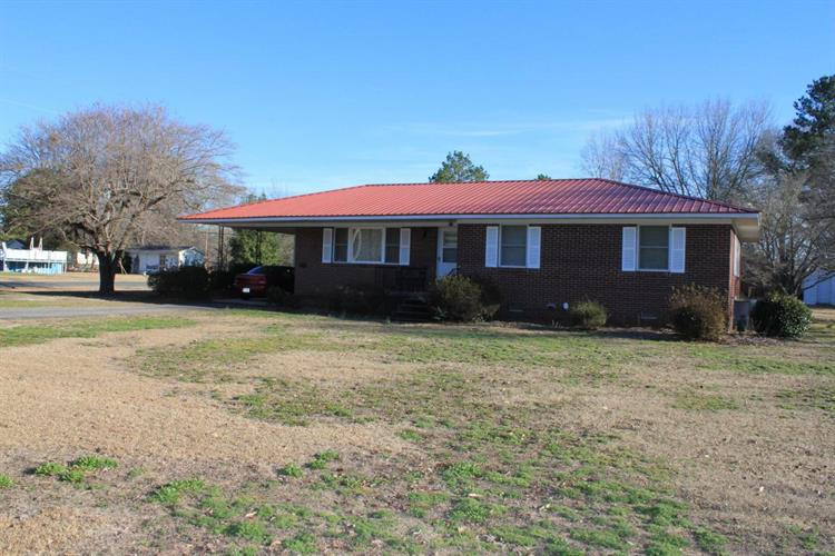 615 Old Cheraw Hwy, Rockingham, NC 28379