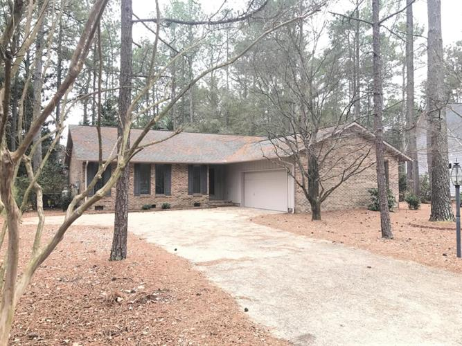 115 Pinyon Circle, Pinehurst, NC 28374