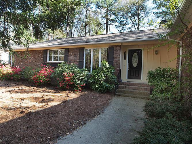 10 Merion Circle, Pinehurst, NC 28374