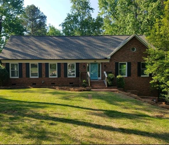 133 Amherst Drive, Greenwood, SC 29824