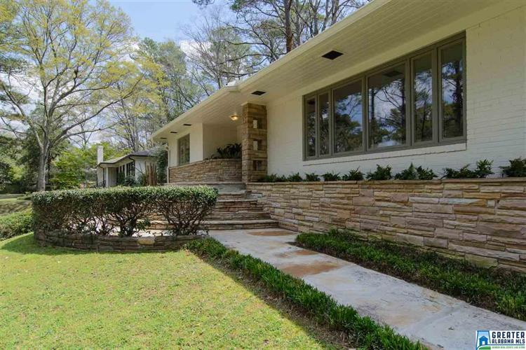 3867 S COVE DR, Mountain Brook, AL 35213