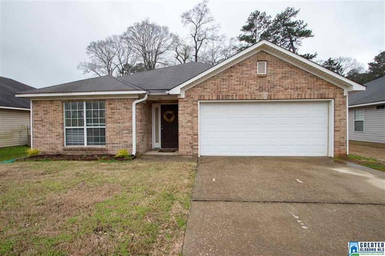 2078 TOWNHOUSE LN, Hueytown, AL 35023