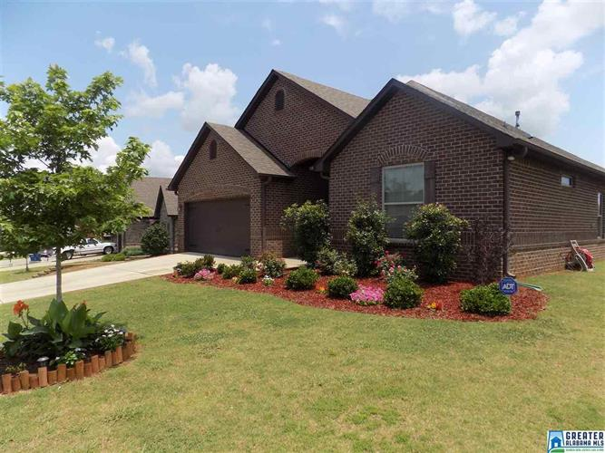 322 LACEY AVE, Maylene, AL 35114