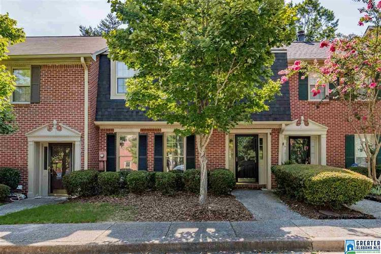 332 CHASE PLANTATION CIR, Hoover, AL 35244