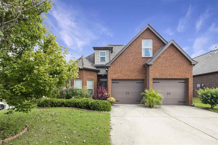 395 GLEN CROSS WAY, Trussville, AL 35173 - Image 1