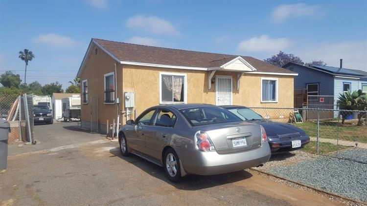 753 13th, Imperial Beach CA 91932 For Sale, MLS ...