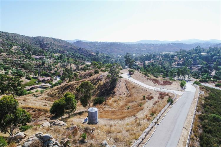 14650 Valleyview Road 0, Poway, CA 92064