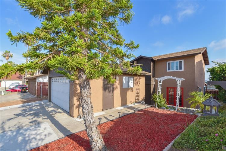 5626 Calle Sal Si Puedes, San Diego, CA 92139