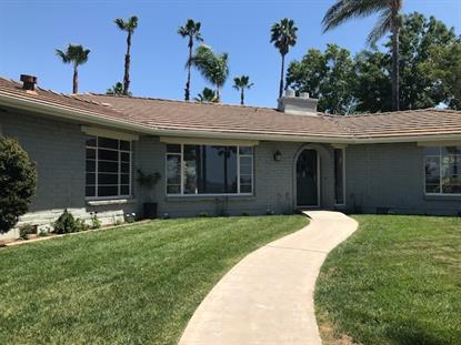 884 Gretna Green Way, Escondido, CA