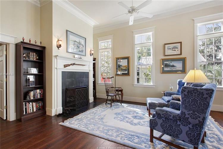 15 Assembly ROW, Beaufort, SC 29906