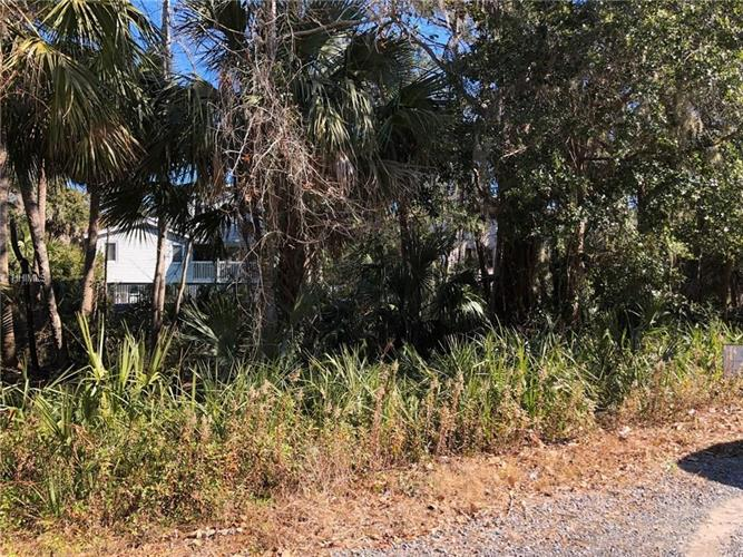 100-3D North Forest Beach DRIVE, Hilton Head Island, SC 29928