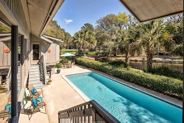 11 Saint Andrews PLACE, Hilton Head Island, SC 29928