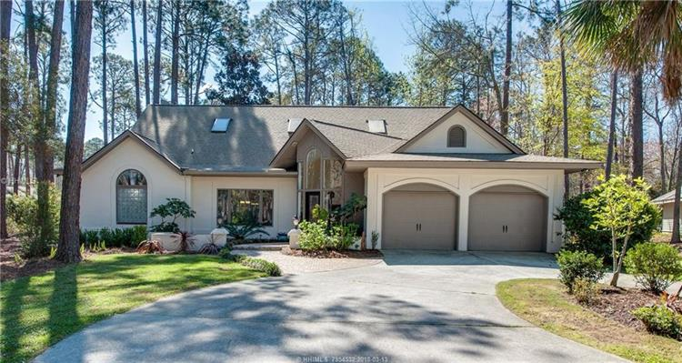 11 Sweetwater LANE, Hilton Head Island, SC 29926