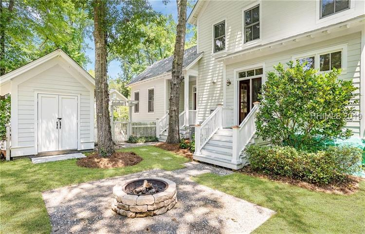 4 Colony COURT, Beaufort, SC 29906
