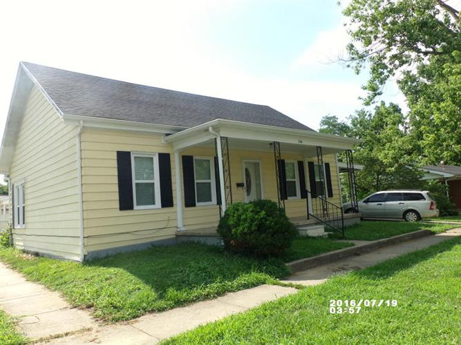 216 4th St, Carrollton, KY 41008