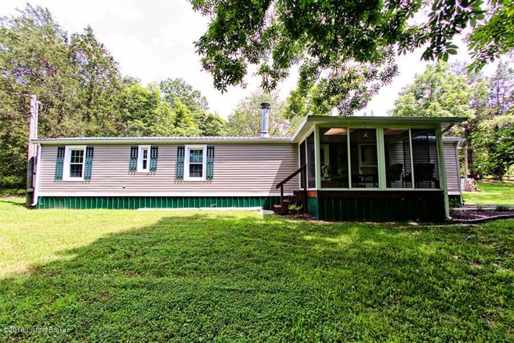 5901 Bardstown Trail, Waddy, KY 40076