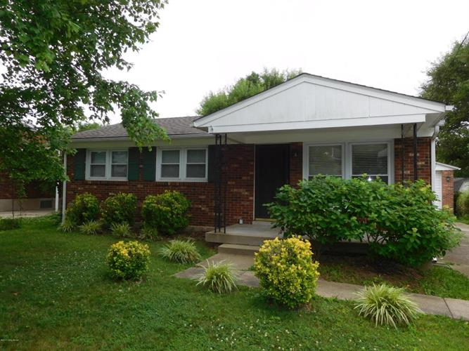 1904 The Meadow Rd, Louisville, KY 40223