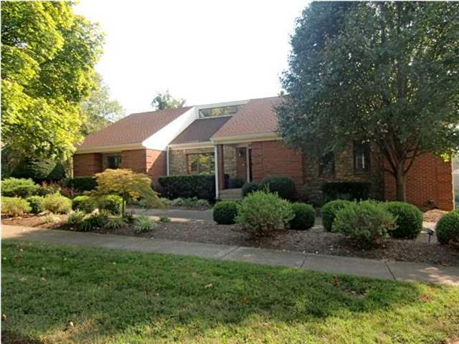 29 Autumn Hill Ct, Prospect, KY 40059