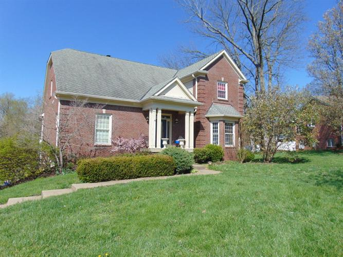 614 Lake Sterling Rd, Louisville, KY 40223