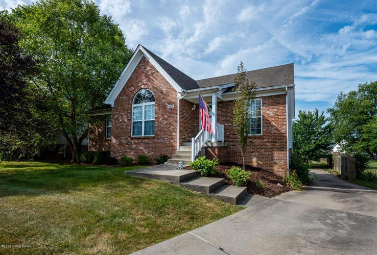 1127 Summit Dr, Shelbyville, KY 40065