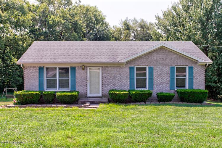 2061 Bardstown Trail, Waddy, KY 40076