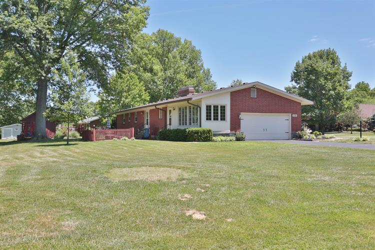 11701 E Arbor Dr, Anchorage, KY 40223 - Image 1