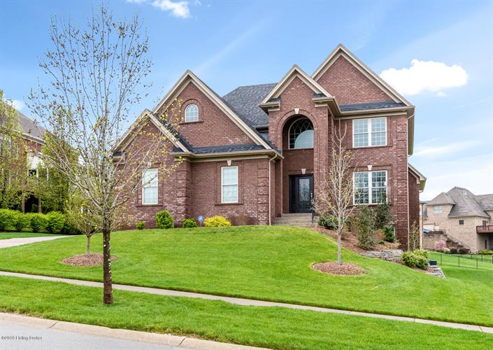 615 Locust Creek Blvd, Louisville, KY 40245 - Image 1
