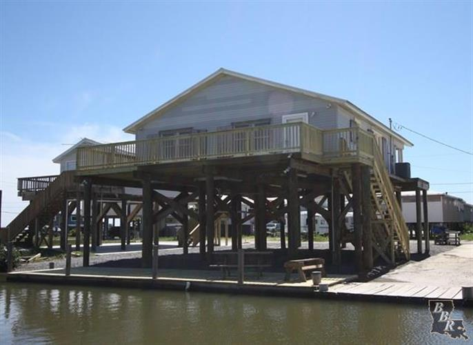 122 TIGER LANE, Grand Isle, LA 70358